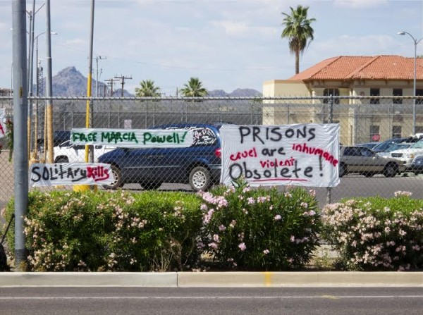 Mother's Day protest at an Arizona prison (Photo by PJ Starr)