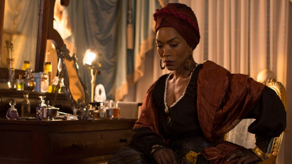 Angela Bassett's Desiree in her boudoir (Screenshot from American Horror Story)