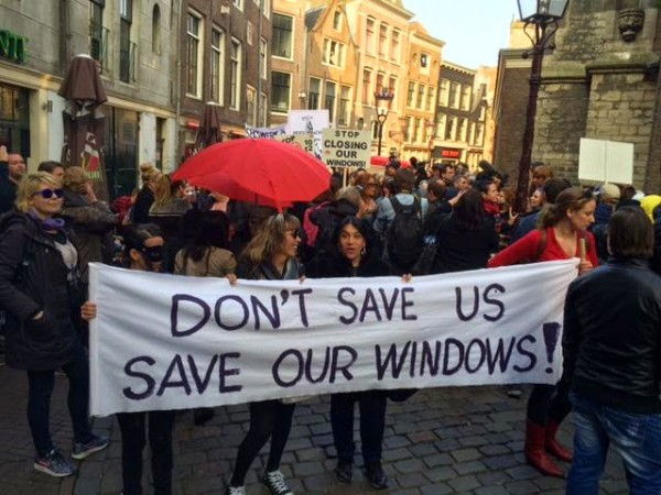 Sex workers and allies at the April 9th Amsterdam protest. (Photo by Robin van Lokhuijsen, courtesy of Felicia Anna)