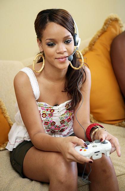 Rihanna playing X-Box. (Photo by Gamer Score Blog, via Flickr)