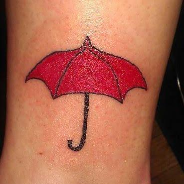 Bonnie's red umbrella tattoo.